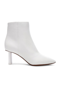 VETEMENTS LEATHER ANKLE BOOTS IN WHITE