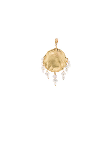 Afin Atelier Stingray Dreamcatcher Single Earring in Metallics.