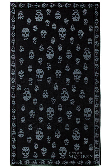 ALEXANDER MCQUEEN | Skull Towel in Black & Grey