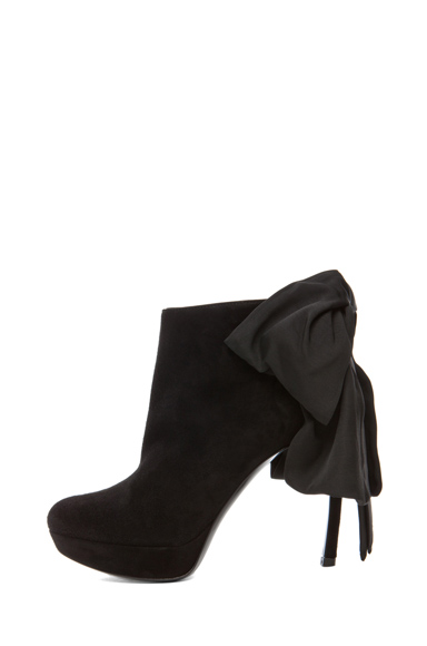 ALEXANDER MCQUEEN | Bow Bootie in Black