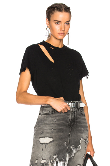 DISTRESSED DETAIL T