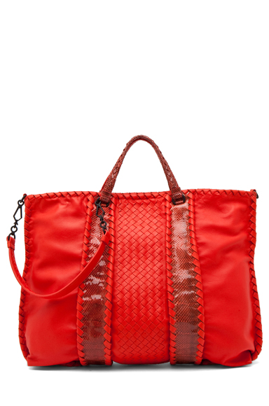 BOTTEGA VENETA | Nappa Ayers Shoulder Bag in Fire