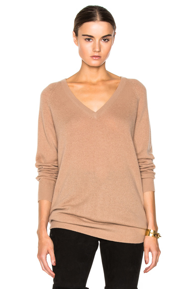 EQUIPMENT | Asher Cashmere V Neck in Camel