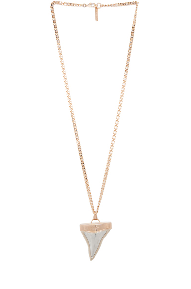 GIVENCHY | Shark Tooth Shiny Brass Necklace in Rose Gold