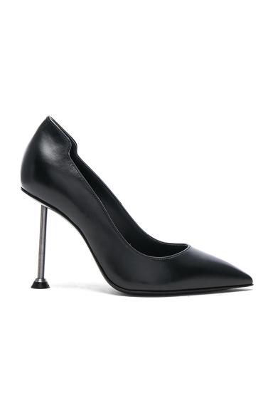 Victoria Beckham Suede Pointy Pumps in Black