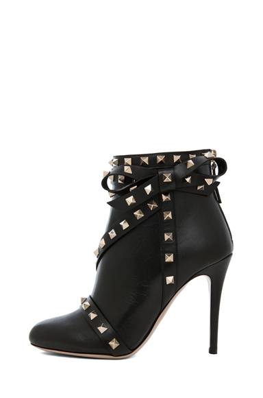 VALENTINO | Rockstud Bootie with Bow in Black