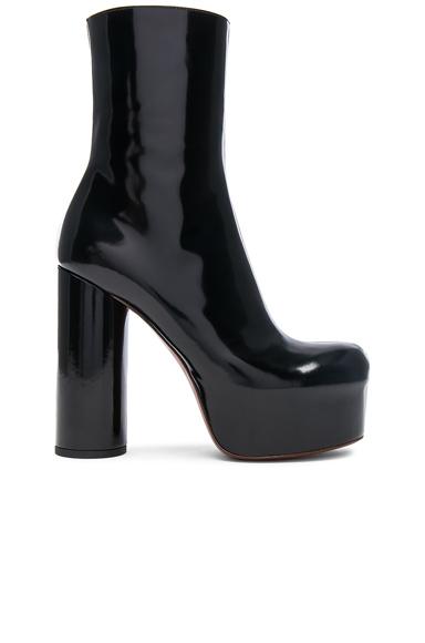 VETEMENTS Leather Platform Boots in Black