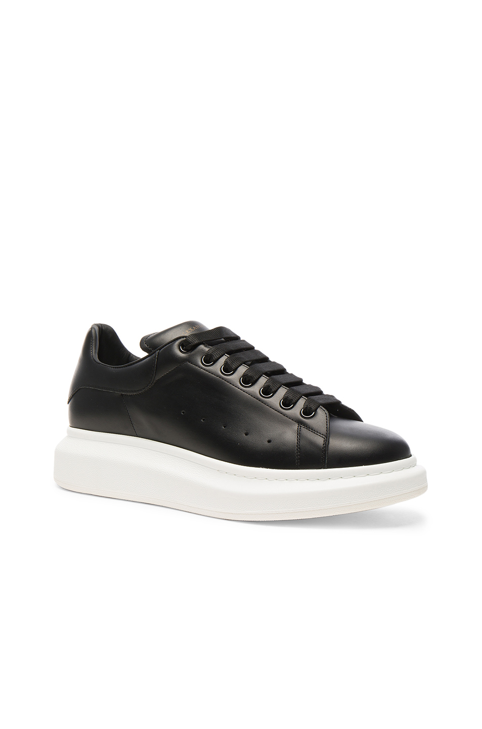 Photo of Alexander McQueen Leather Platform Sneakers in Black - shop Alexander McQueen menswear
