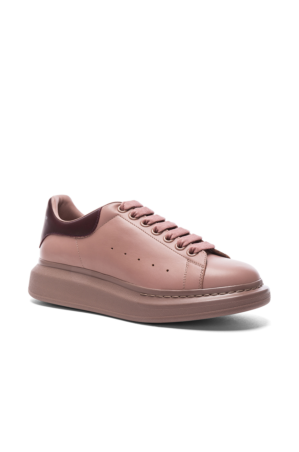 Alexander McQueen Leather Platform Low Top Sneakers in Purple
