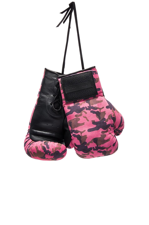 Elisabeth Weinstock Manila Boxing Glove in Pink