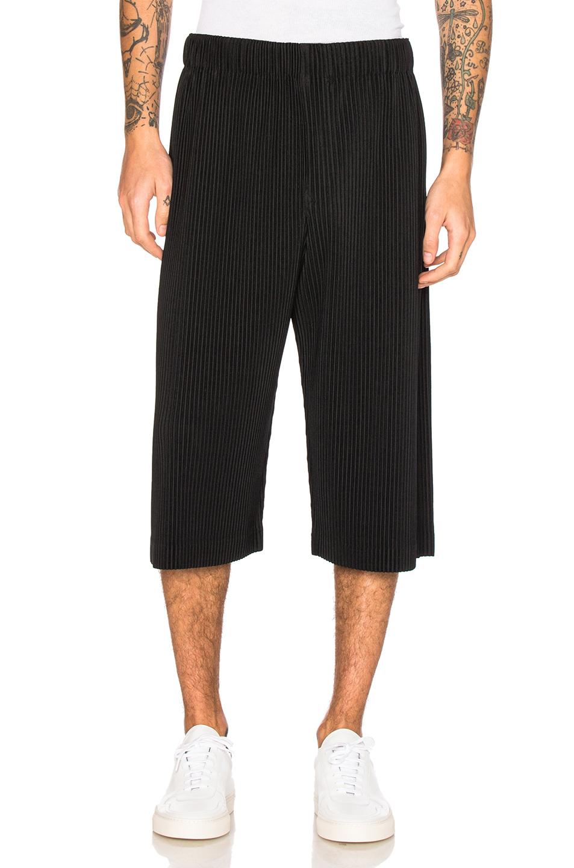 Issey Miyake Homme Plisse Shorts in Black