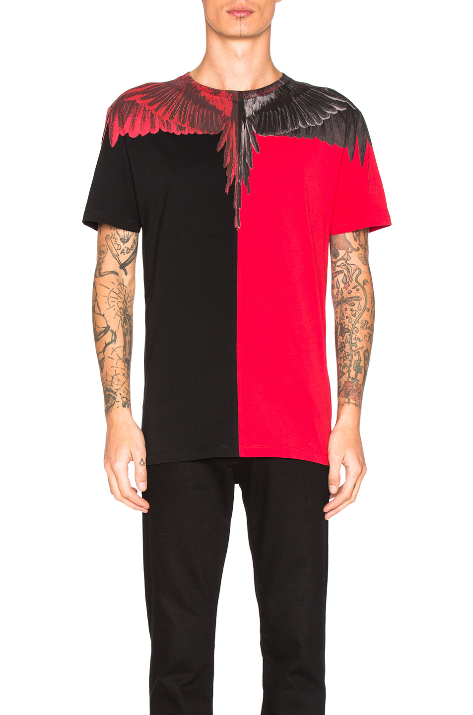 Marcelo Burlon Paz Tee in Red,Black