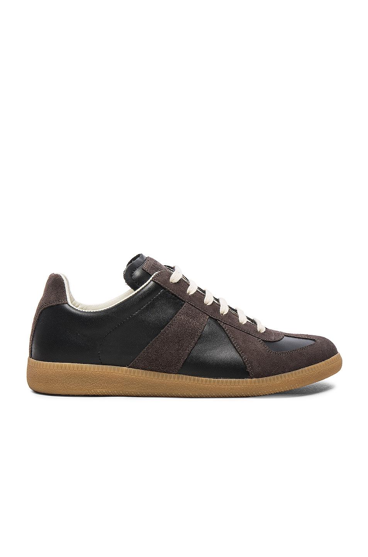 Maison Margiela Replica Sneakers in Black