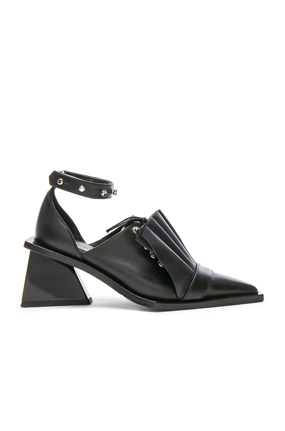 Marques ' Almeida Pointy Frill Lace Up Leather Shoes in Black