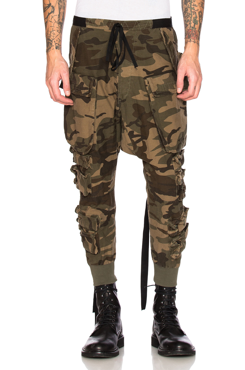 Unravel Parachute Cargo Pants in Abstract,Green