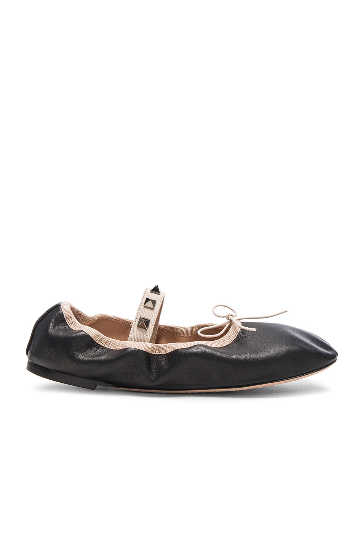 Valentino Rockstud Leather Ballerina Flats in Black,Neutrals