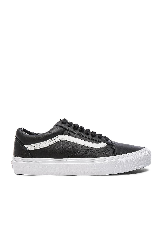 Vans Vault OG Leather Old Skool LX in Black