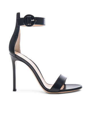 Gianvito Rossi Leather Portofino Heels in Black