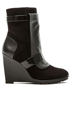 10 CROSBY DEREK LAM Karli Wedge in Black