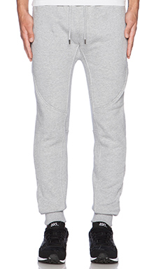 10 Deep Tech Sweats in Heather Grey