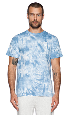 10 Deep Triple Stack Tee in Blue Tie Dye