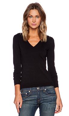 525 america V Neck Sweater in Black