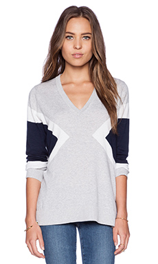 525 america V Neck Color Block Sweater in Light Heather Grey Combo