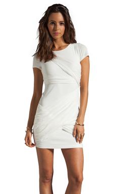Alice + Olivia Short Sleeve Goddess Dress in Cream