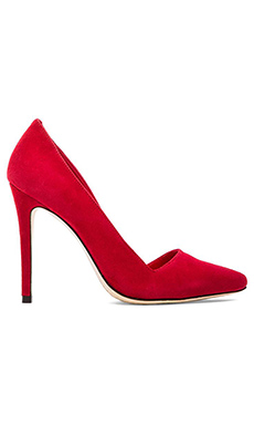 Alice + Olivia Dina Pumps in Scarlet