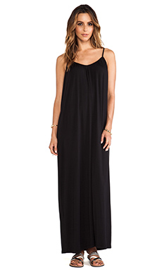 amour vert Marina Maxi Dress in Black