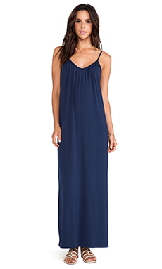 amour vert Marina Maxi Dress in Navy