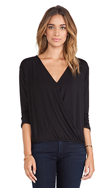amour vert Amelia Crossover Blouse in Black