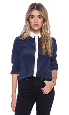 amour vert Felicity Top in Navy & Ivory