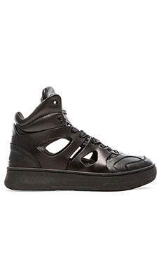 Alexander McQueen Puma Move Mid Open in Black