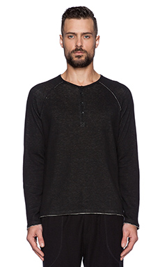 ATM Anthony Thomas Melillo Raw Cut Raglan Henley in Black