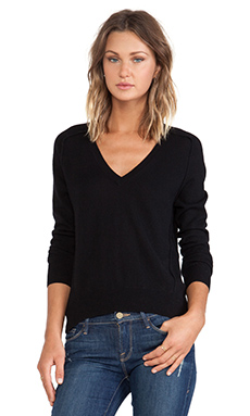 Autumn Cashmere Carved Hem Sweater in Black