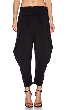 Alexis Levi Crossover Pant in Black