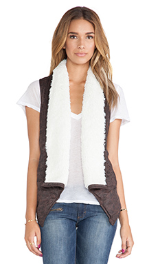 Jack by BB Dakota Decker Vest with Faux Fur Trim  in Espresso