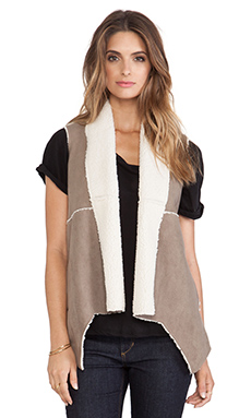 Jack by BB Dakota Levy Vest in Walnut Brown