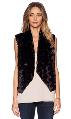 Jack by BB Dakota Roscoe Faux Fur Vest in Black