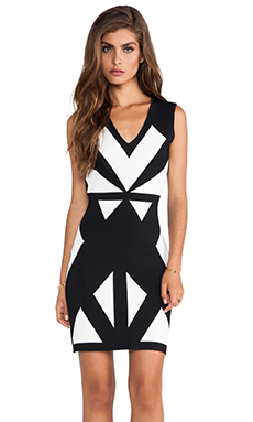 BCBGMAXAZRIA Evinna Geometric Dress in Black Combo