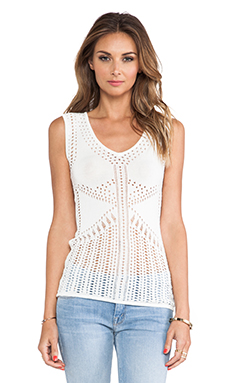BCBGMAXAZRIA V-Neck Top in Gardenia