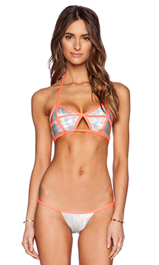 Beach Bunny Blade Runner Bikini Top in Hologram & Coral