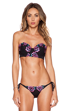 Beach Bunny Floral Daze Bikini Top in Black