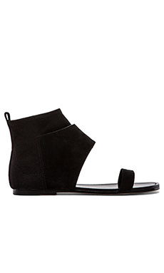 Belle by Sigerson Morrison Bristol Sandal in Nero & Black