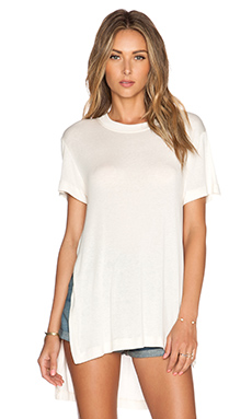 BCBGeneration Hi Lo Slit Top in Whisper White