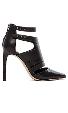 BCBGeneration Canon Heel in Black