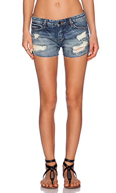 BLANKNYC Distressed Short in Keepin' it Real