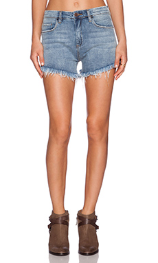 BLANKNYC Distressed Short in Way Harsh