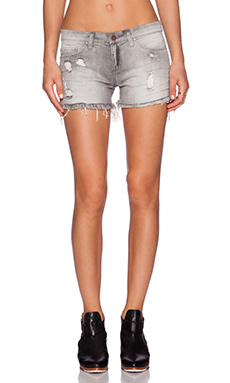 BLANKNYC Distressed Short in Buyer's Remorse